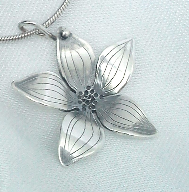 medium flower pendant